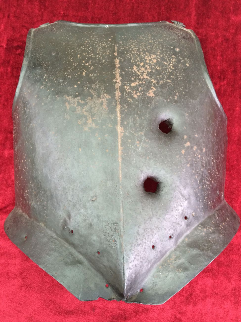 X X X SOLD TO A MUSEUM IN THE USA X X X British Iron Breastplate - War museums in usa